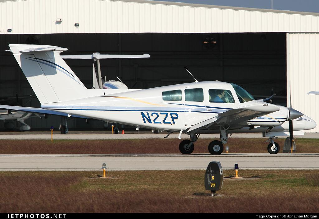 N2ZP - Beechcraft 76 Duchess - Private
