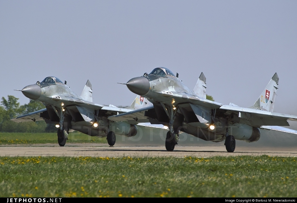 6728 - Mikoyan-Gurevich MiG-29AS Fulcrum - Slovakia - Air Force