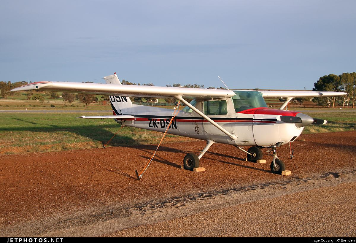 ZK-DSN - Cessna 150L - Private