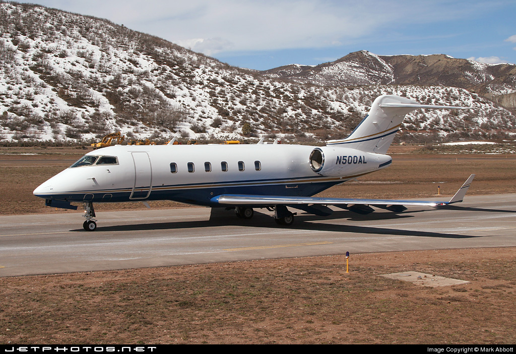 N500AL - Bombardier BD-100-1A10 Challenger 300 - Private