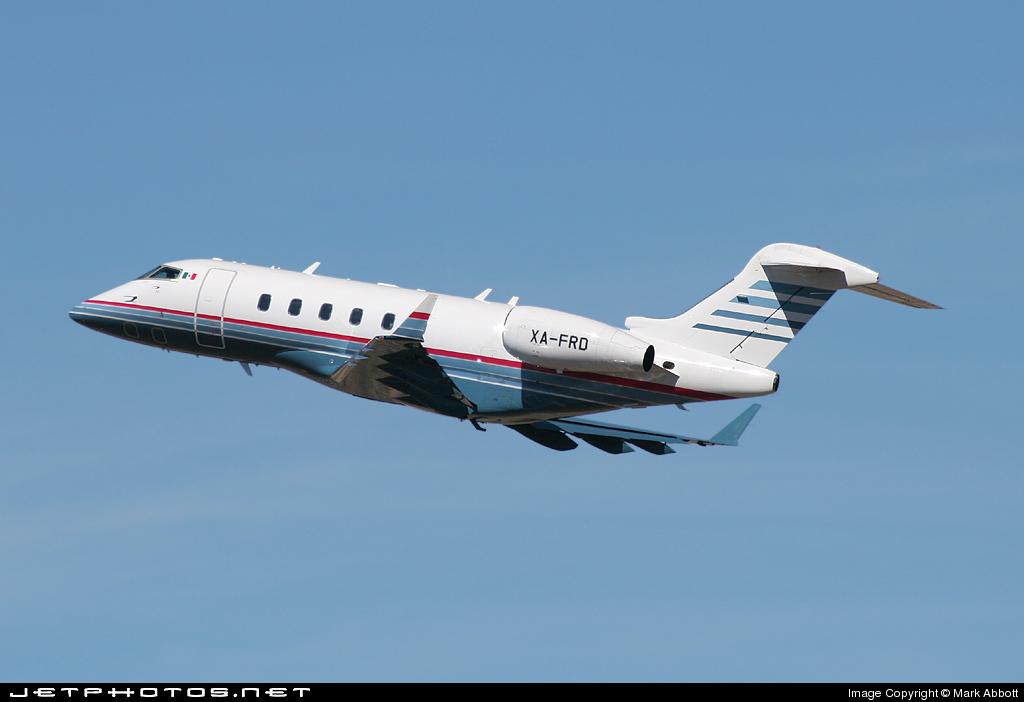 XA-FRD - Bombardier BD-100-1A10 Challenger 300 - Private