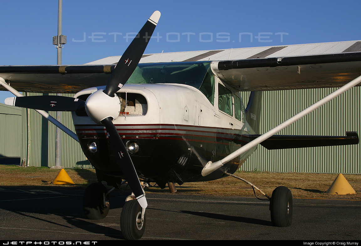VH-EUW - Cessna U206F Stationair 6 - Private