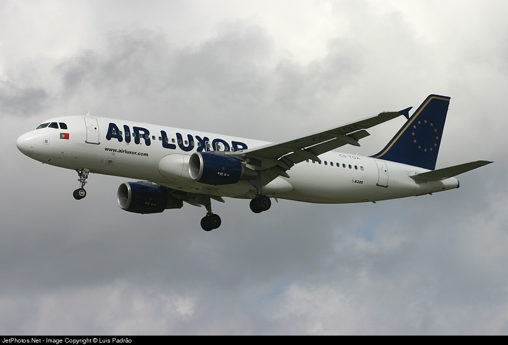 CS-TQA - Airbus A320-214 - Air Luxor