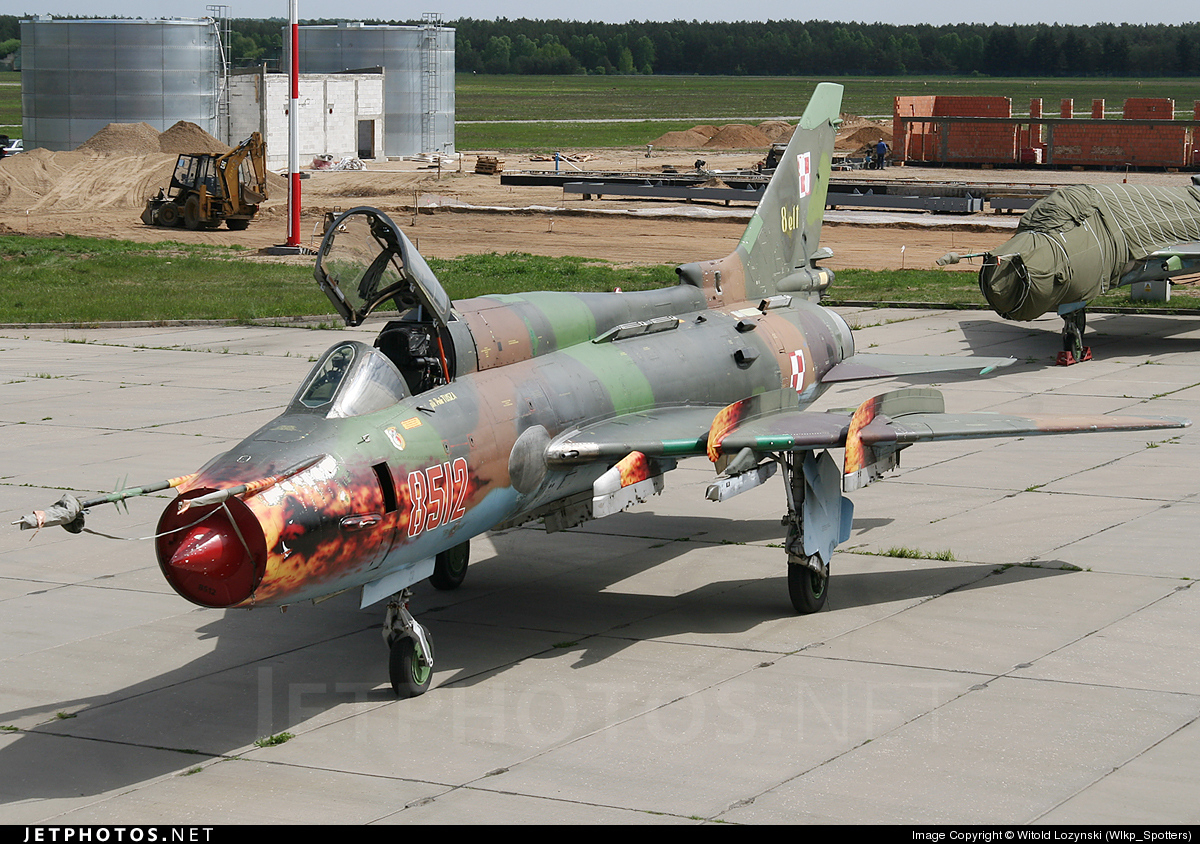 8512 - Sukhoi Su-22M4 Fitter K - Poland - Air Force