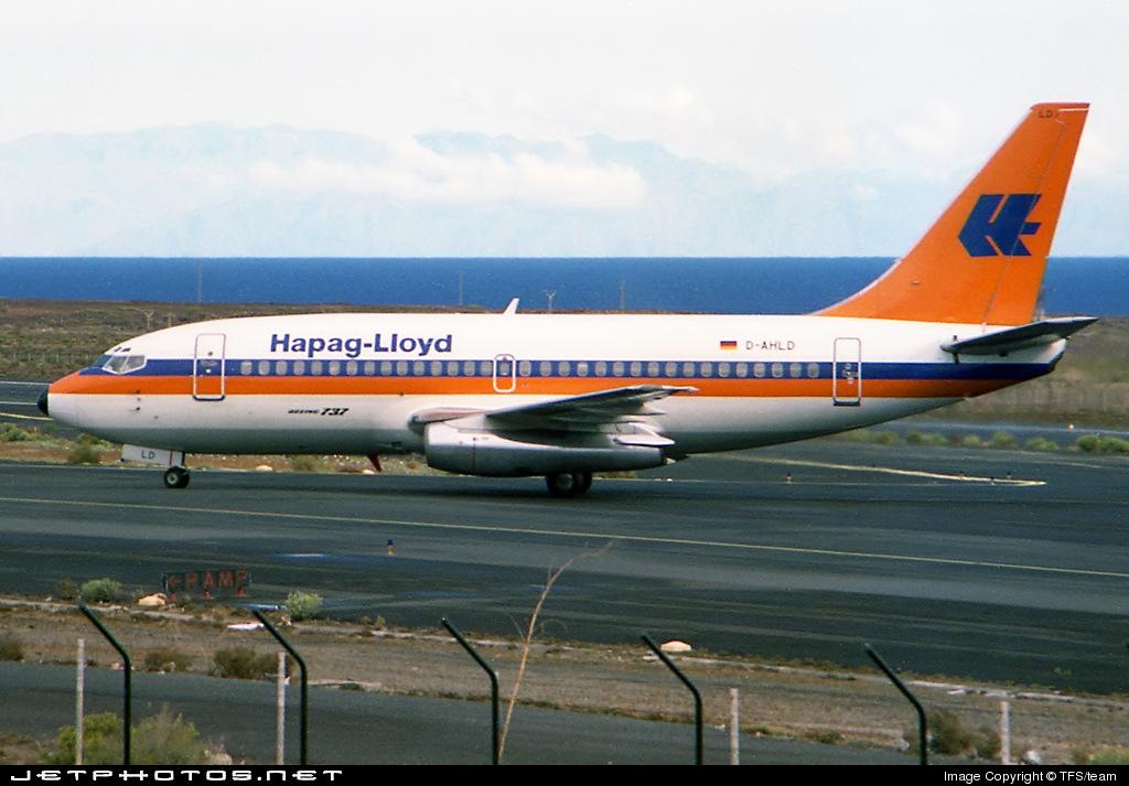 D-AHLD - Boeing 737-2K5(Adv) - Hapag-Lloyd