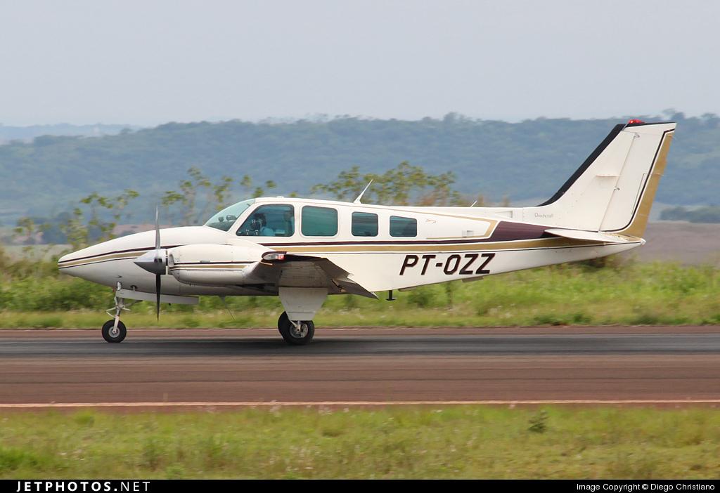 PT-OZZ - Beechcraft 58 Baron - Private