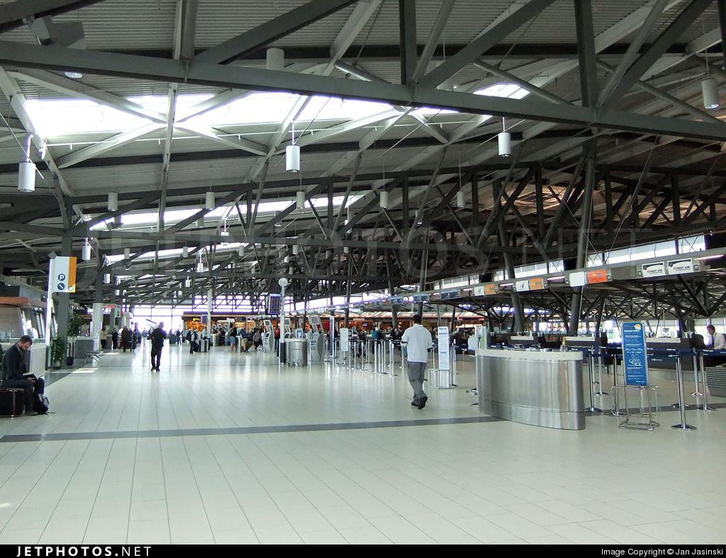 CYOW - Airport - Terminal