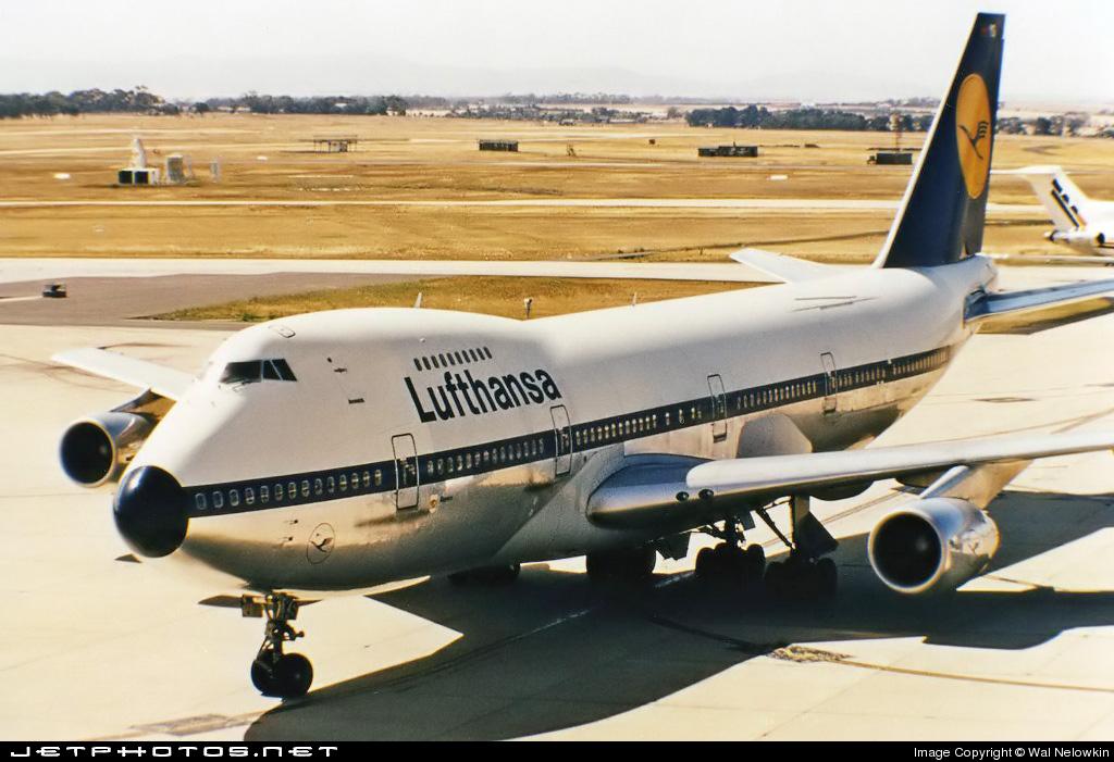D-ABYS - Boeing 747-230B(M) - Lufthansa
