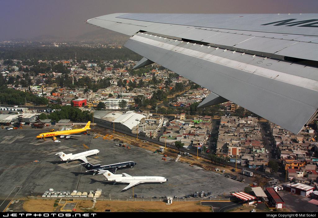 XA-MXE - Boeing 767-3P6(ER) - Mexicana