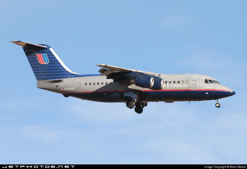 N290UE - British Aerospace BAe 146-200A - United Express (Air Wisconsin)