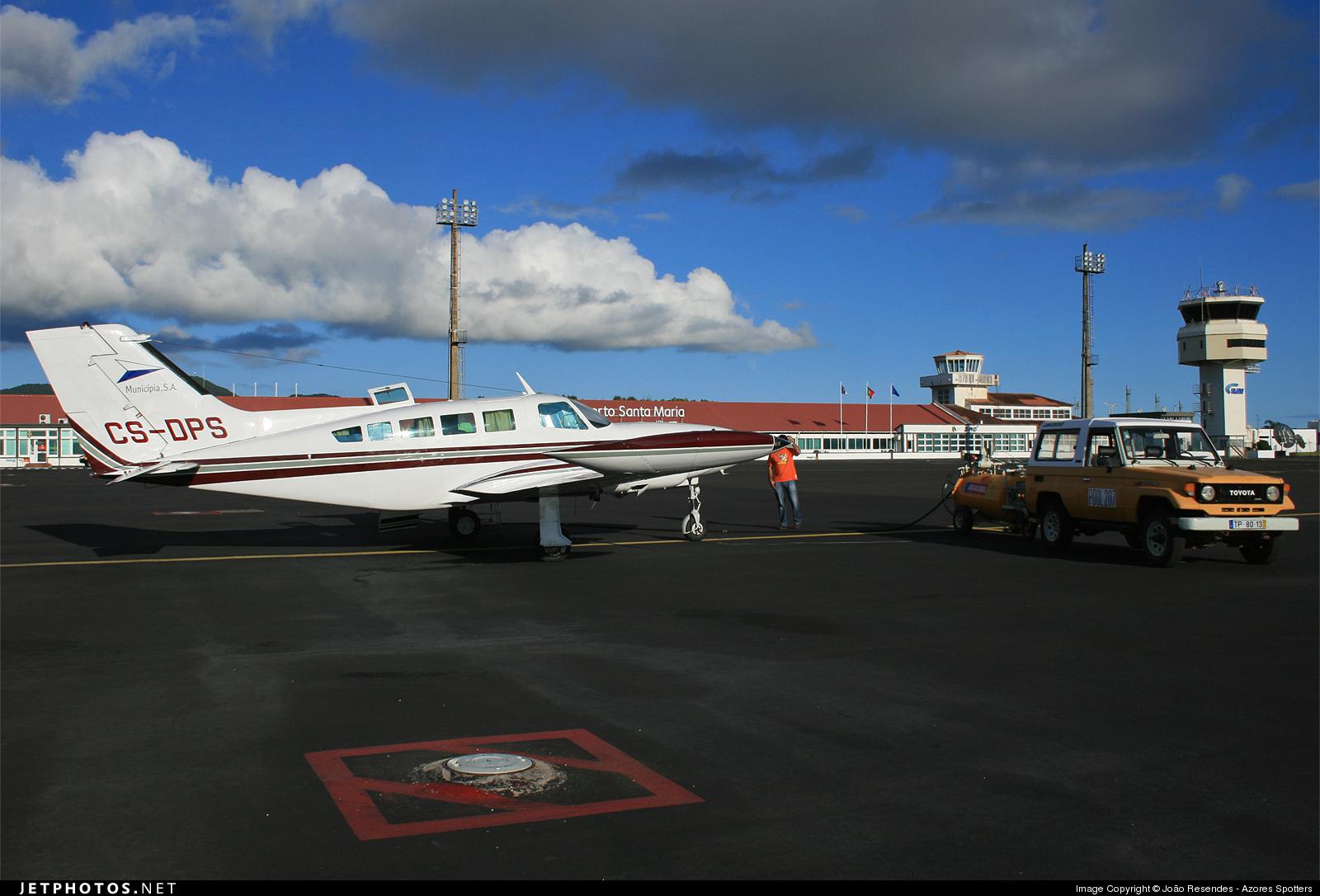CS-DPS - Cessna 402B - Private