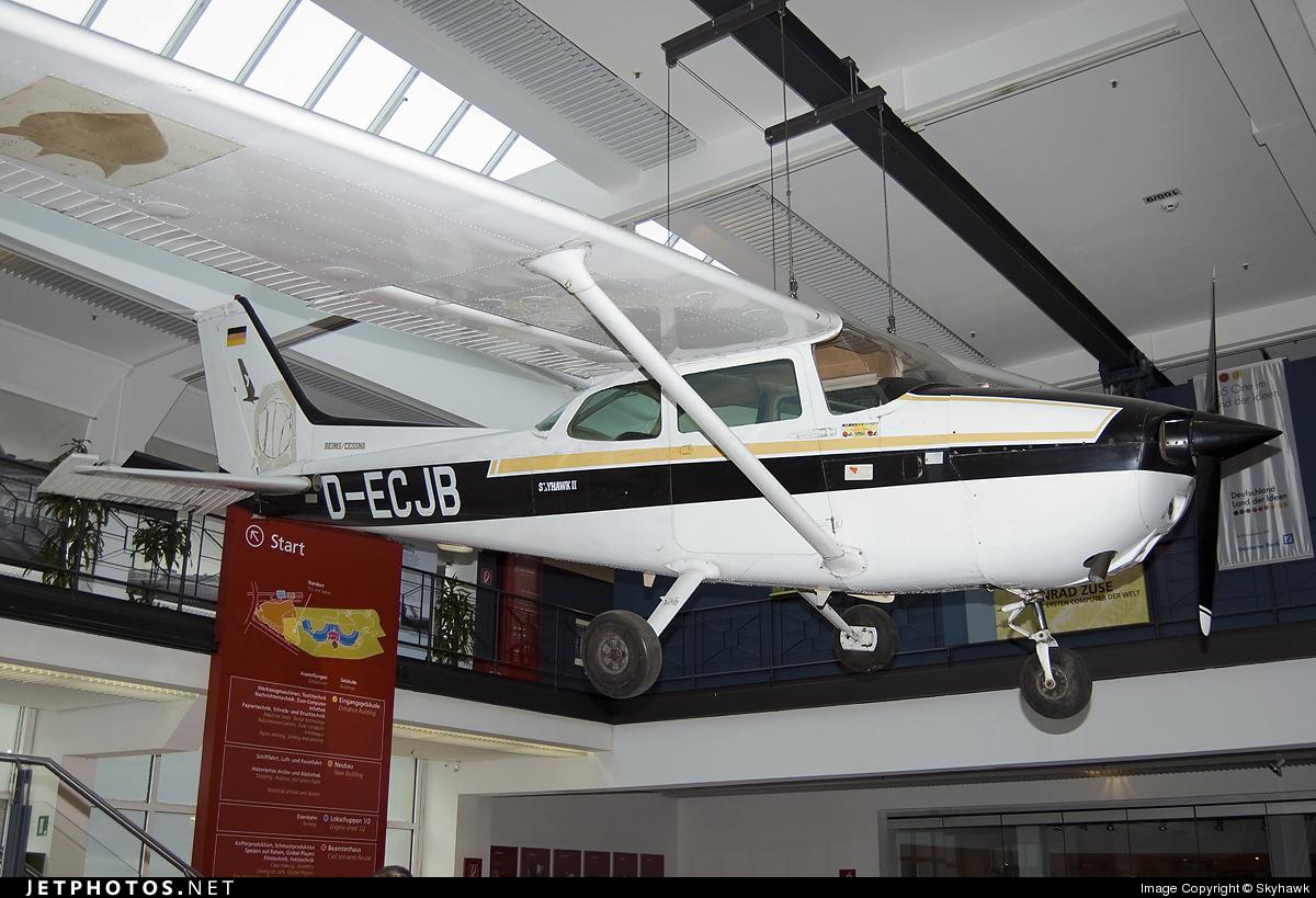 D-ECJB - Reims-Cessna F172P Skyhawk II - Private