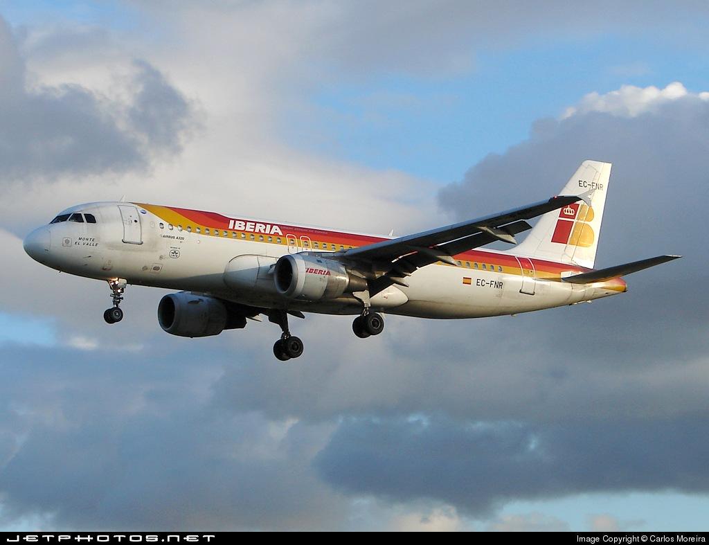 EC-FNR - Airbus A320-211 - Iberia
