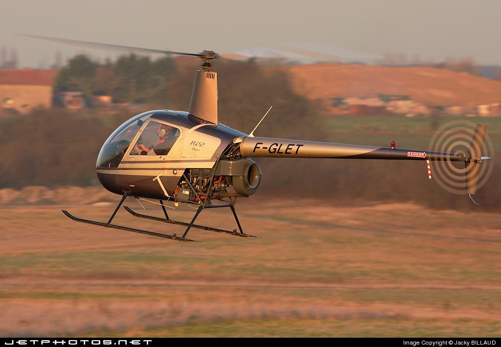 F-GLET - Robinson R22 Beta - Private