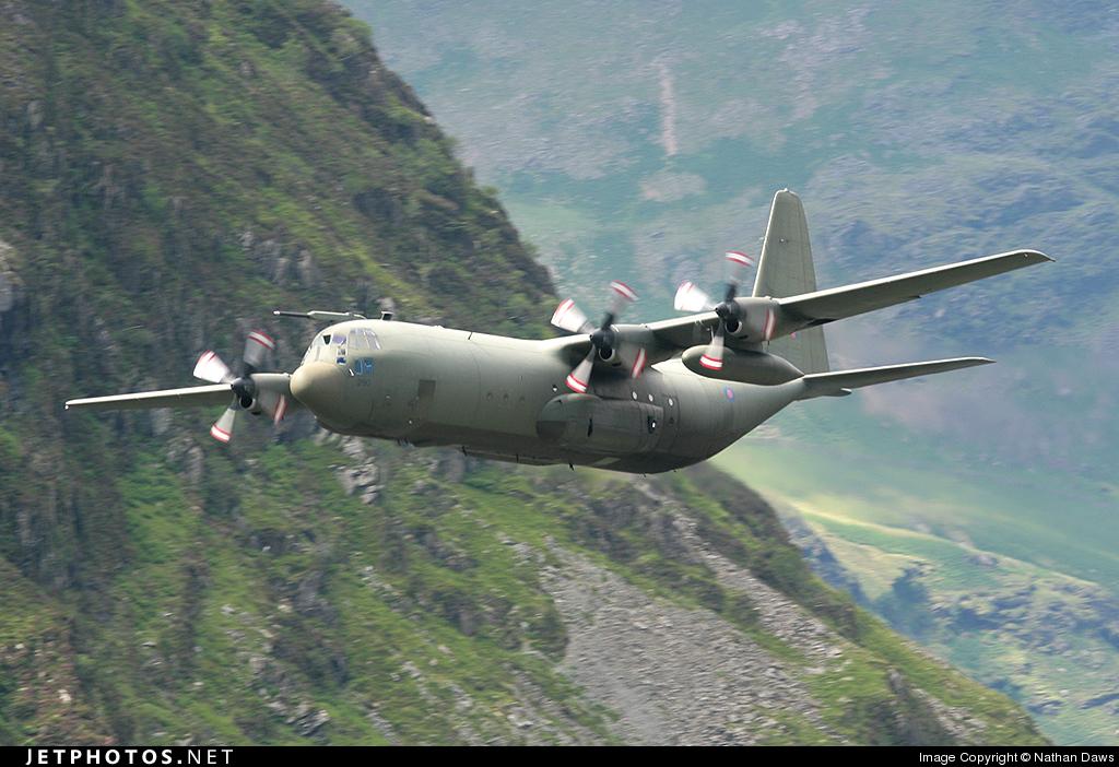 XV290 - Lockheed Hercules C.3 - United Kingdom - Royal Air Force (RAF)