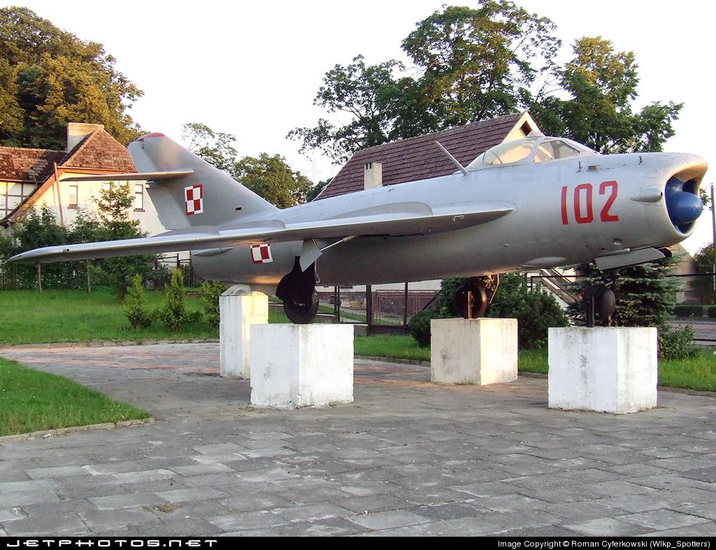 102 - WSK-Mielec Lim-6M - Poland - Air Force