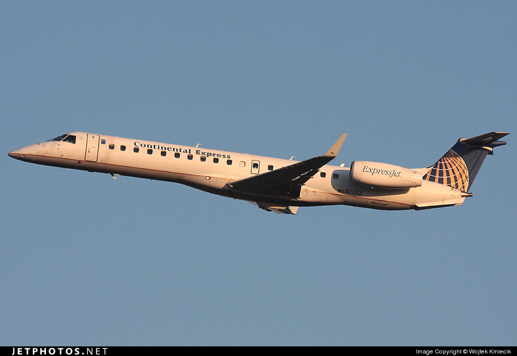 N11113 - Embraer ERJ-145XR - Continental Express (ExpressJet Airlines)