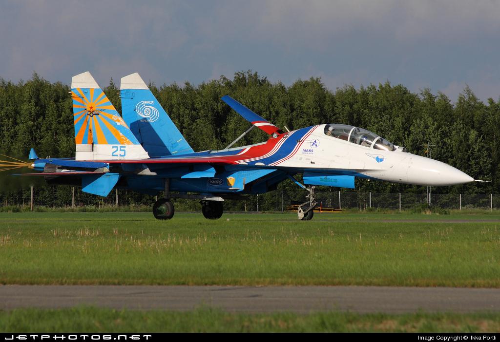 25 - Sukhoi Su-27UB Flanker C - Russia - Air Force