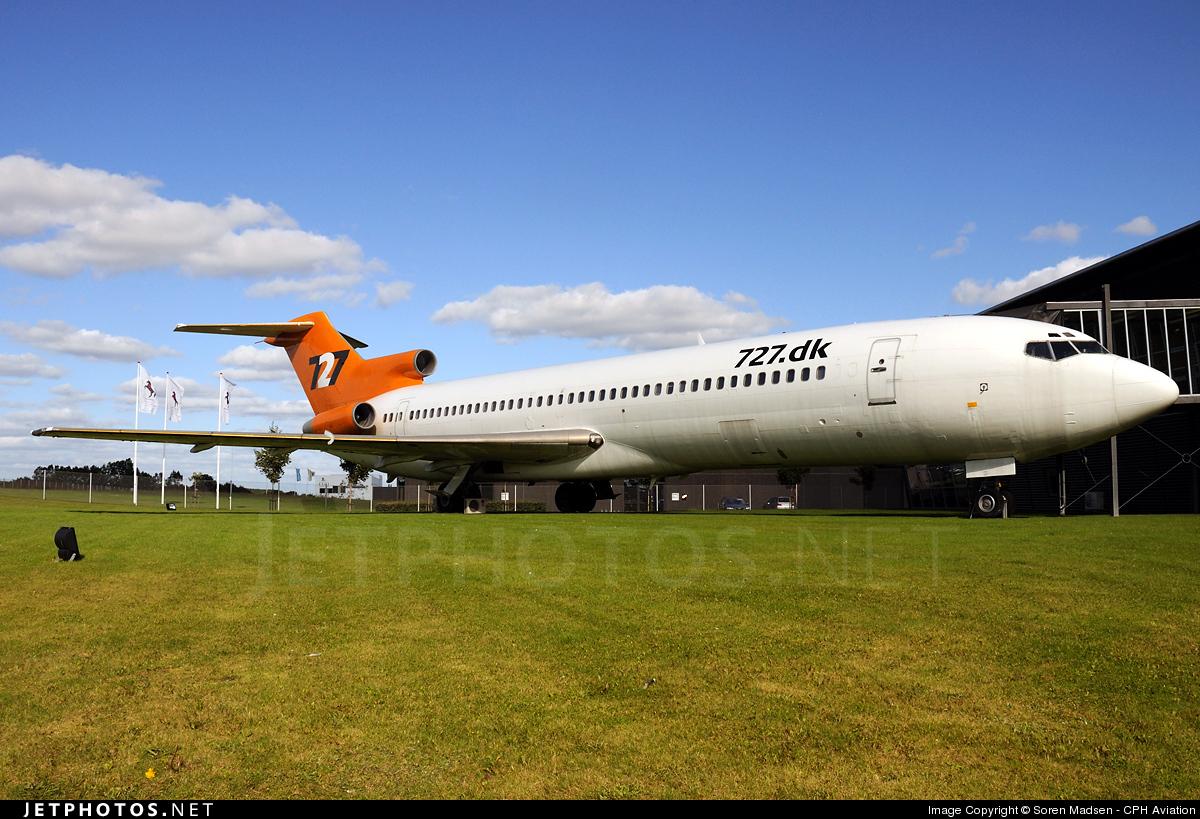 G-BNNI - Boeing 727-276(Adv) - 727 Communication