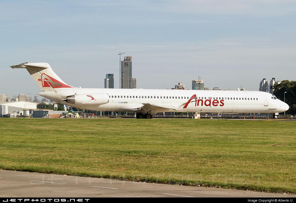 LV-BNI - McDonnell Douglas MD-82 - Andes Líneas Aéreas