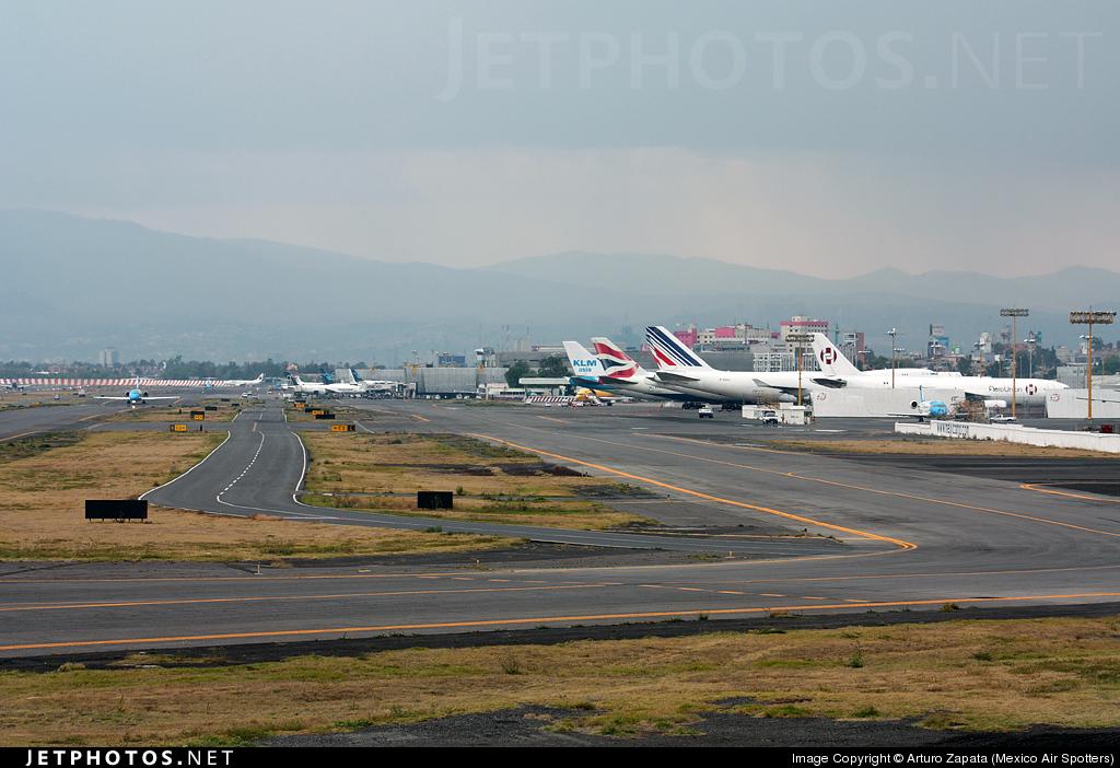 MMMX - Airport - Ramp