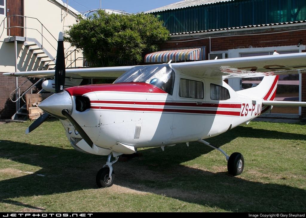 ZS-PJU - Cessna T210R Turbo Centurion II - Private