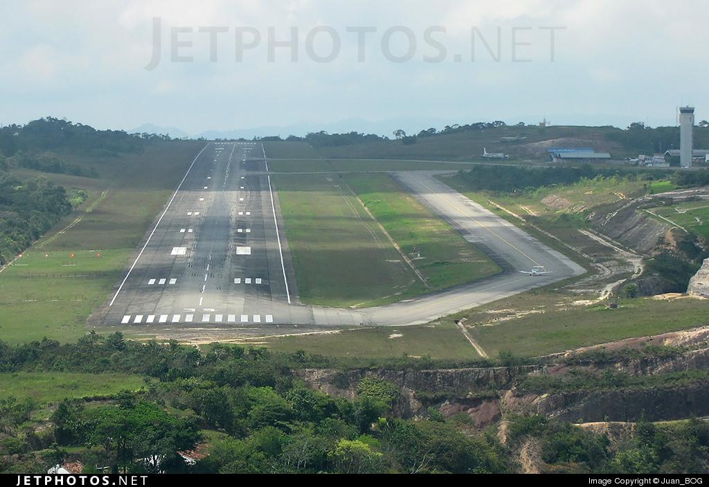 SKBG - Airport - Runway