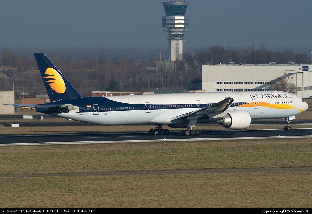 VT-JEB - Boeing 777-35RER - Jet Airways