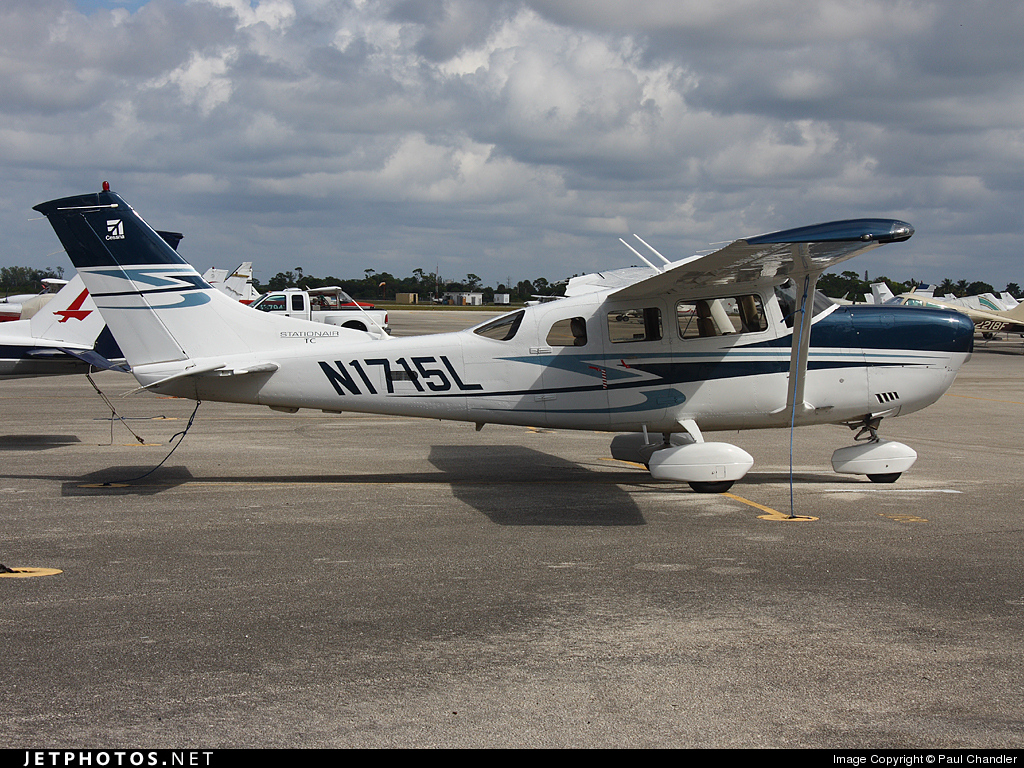 N1715L - Cessna T206H Turbo Stationair - Private