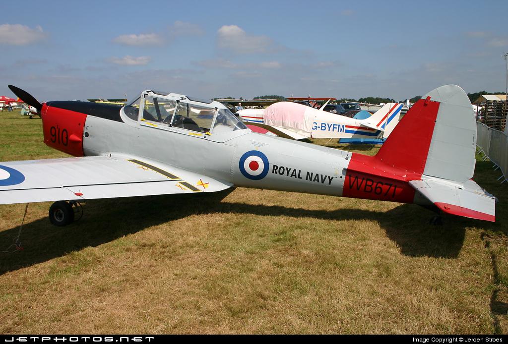 G-BWTG - De Havilland Canada DHC-1 Chipmunk 22 - Private