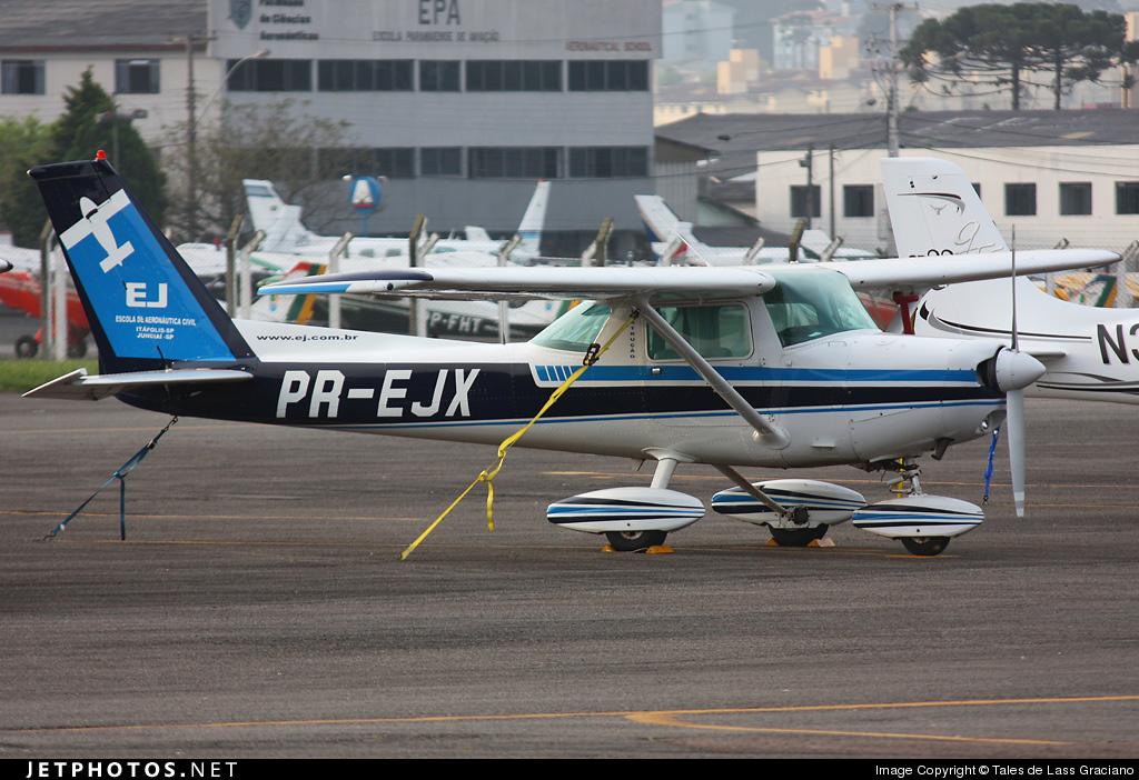 PR-EJX - Cessna 152 - EJ - Escola de Aeronáutica Civil Itápolis