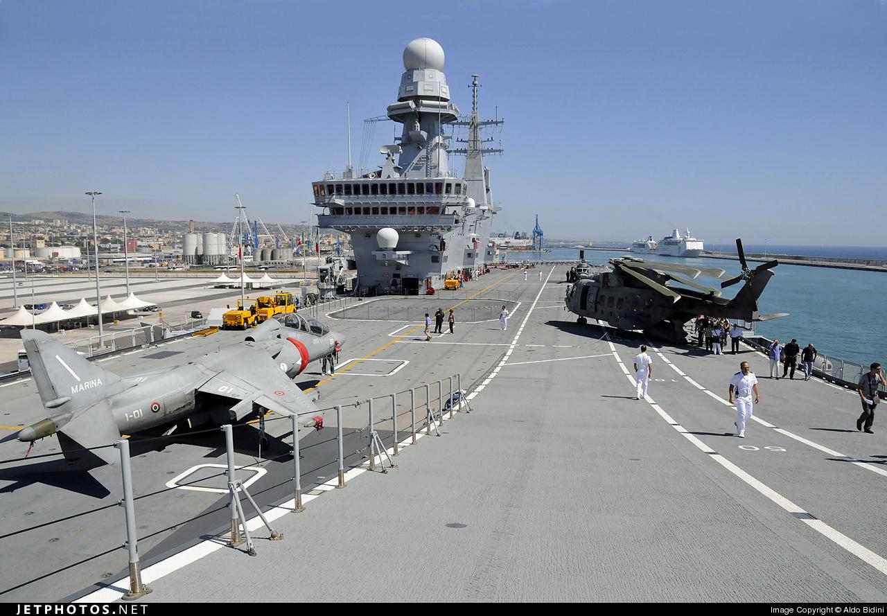 CVH-550 - Aircraft Carrier - Ramp