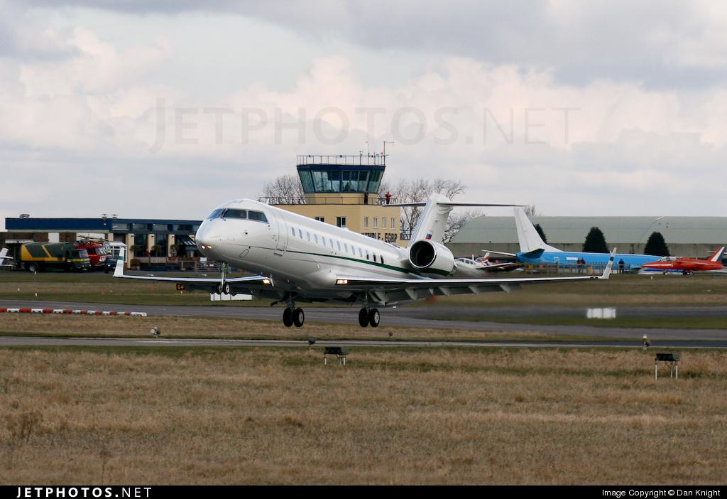 RA-67219 - Bombardier CL-600-2B19 Challenger 850 - Kolavia