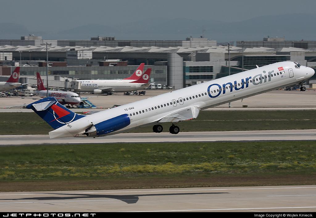 TC-OAU - McDonnell Douglas MD-83 - Onur Air