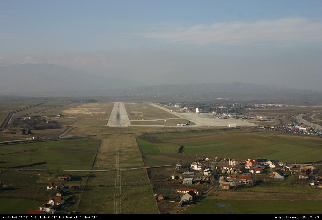 LWSK - Airport - Runway