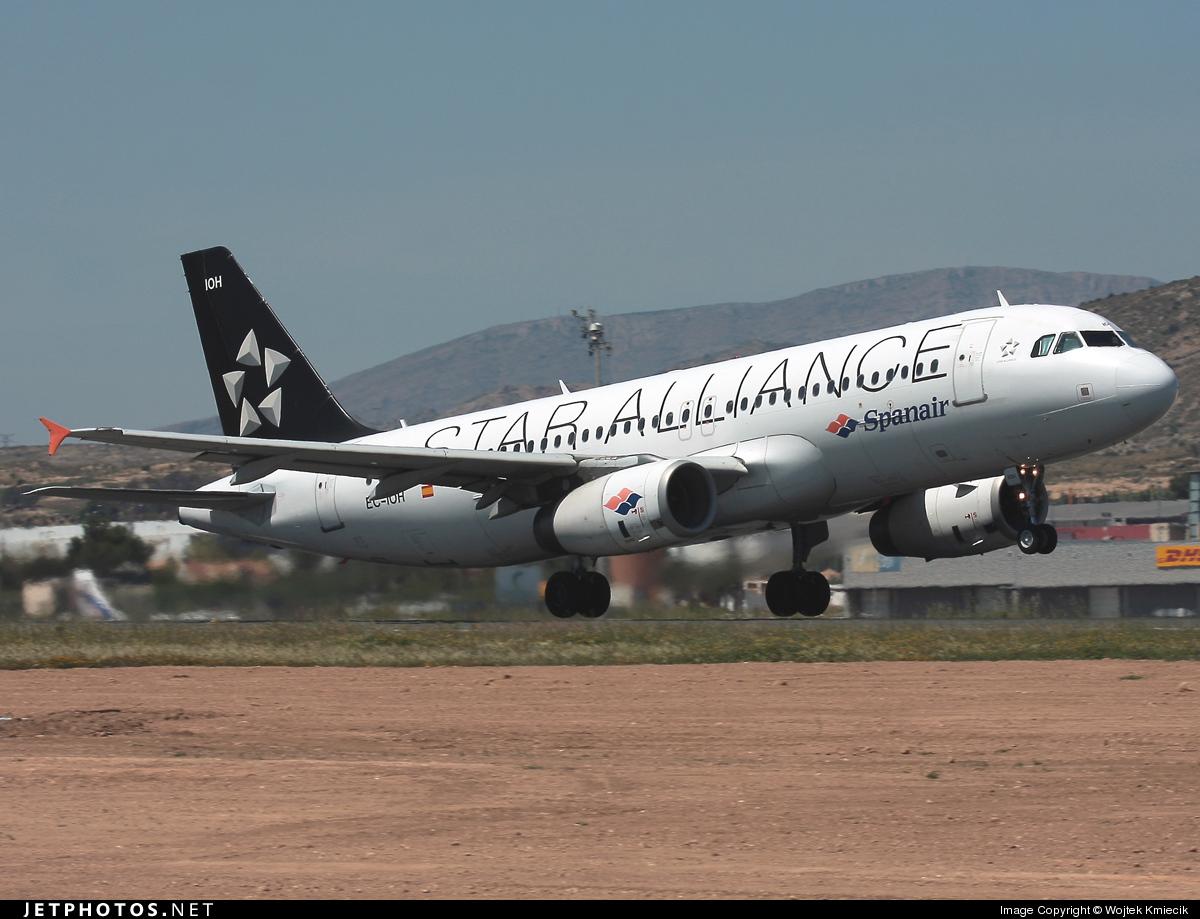 EC-IOH - Airbus A320-232 - Spanair