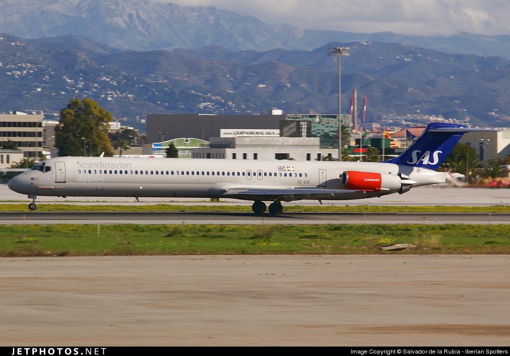 SE-DIK - McDonnell Douglas MD-82 - Scandinavian Airlines (SAS)