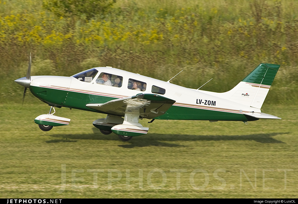 LV-ZOM - Piper PA-28-181 Archer III - Private