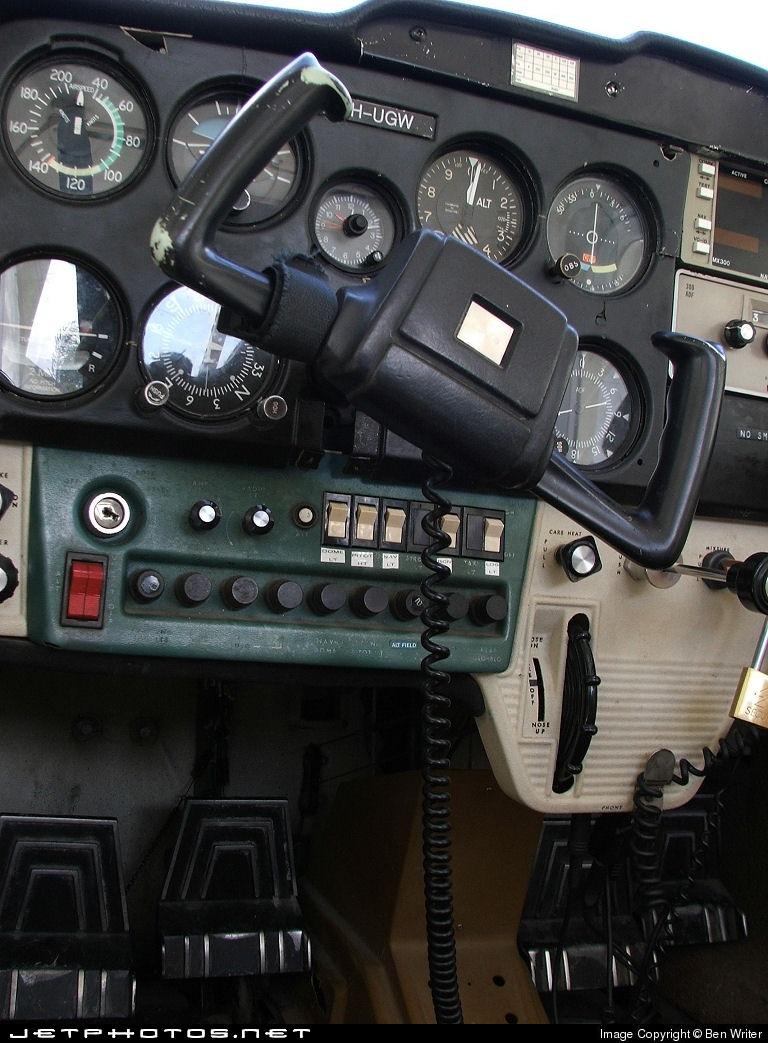 VH-UGW - Cessna 150 - Private