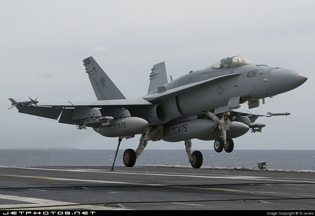 165407 - McDonnell Douglas F/A-18C Hornet - United States - US Navy (USN)