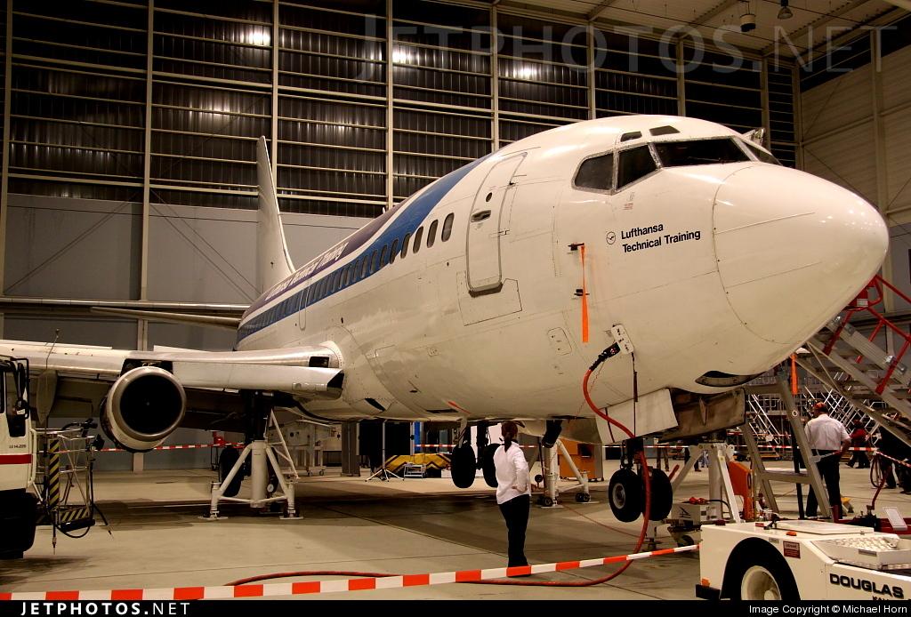 LV-LEB - Boeing 737-287(Adv) - Aerolíneas Argentinas