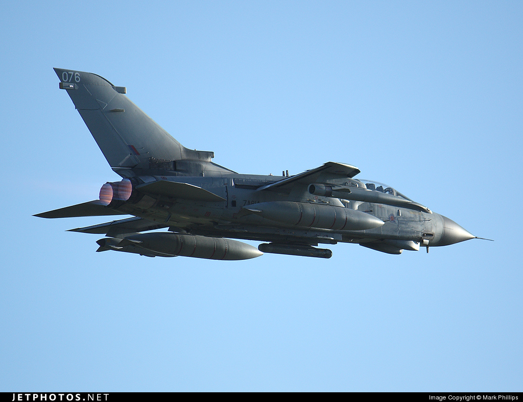 ZA614 - Panavia Tornado GR.4 - United Kingdom - Royal Air Force (RAF)