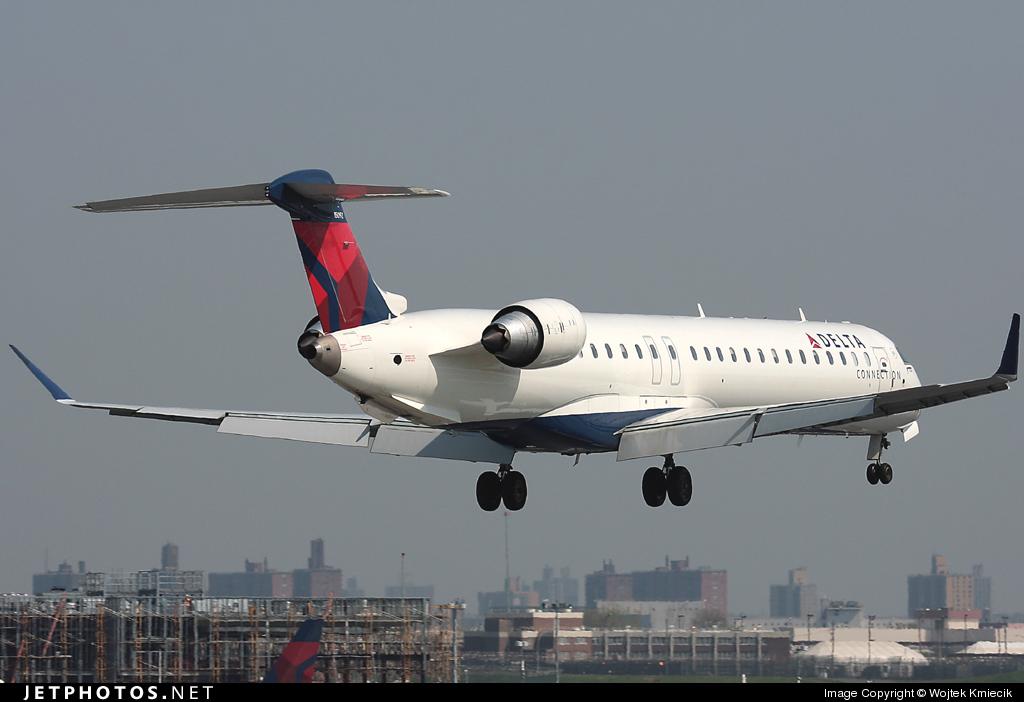 N692CA - Bombardier CRJ-900ER - Delta Connection (Comair)