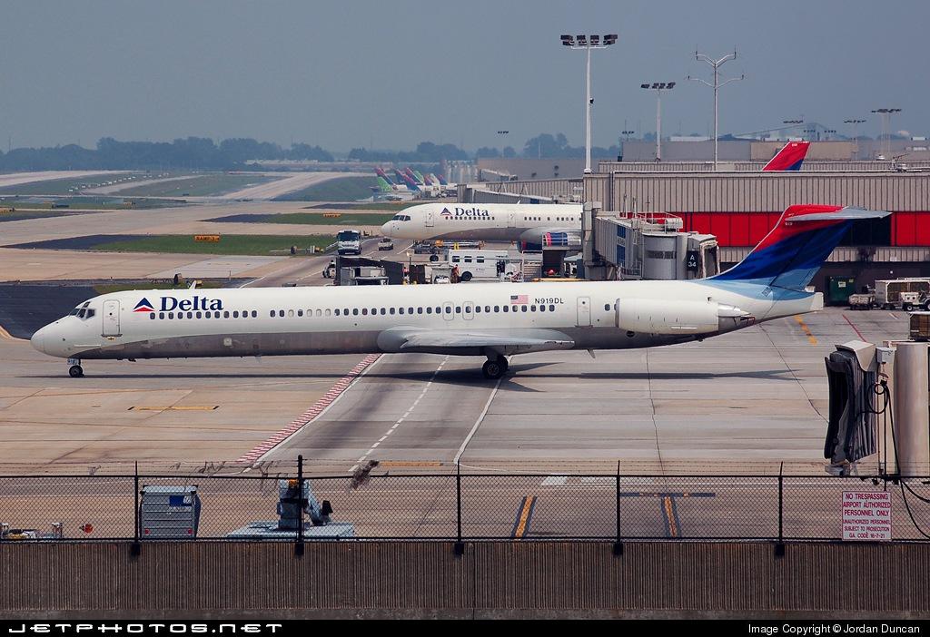 N919DL - McDonnell Douglas MD-88 - Delta Air Lines