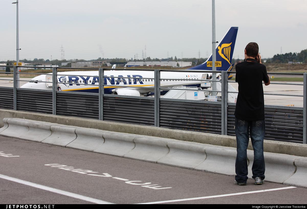 EBCI - Airport - Spotting Location