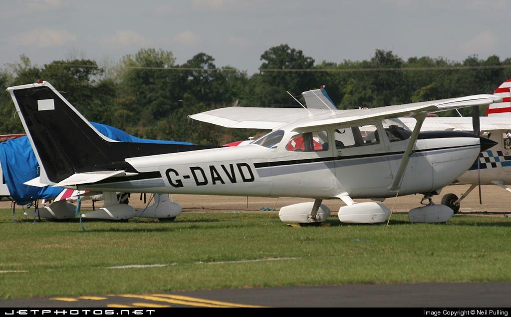 G-DAVD - Reims-Cessna FR172K Hawk XP - Private
