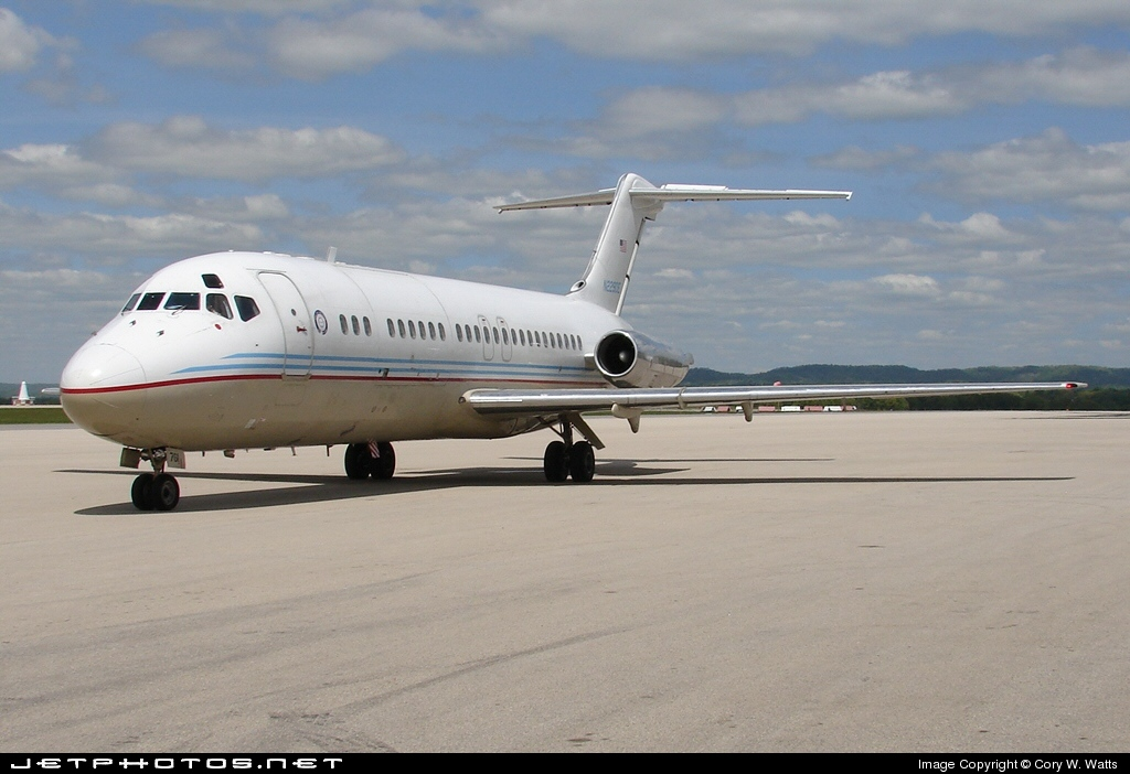 N229DE - McDonnell Douglas DC-9-15 - United States - Department of Energy