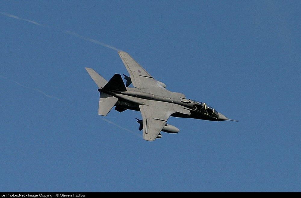 XX139 - Sepecat Jaguar T.4 - United Kingdom - Royal Air Force (RAF)