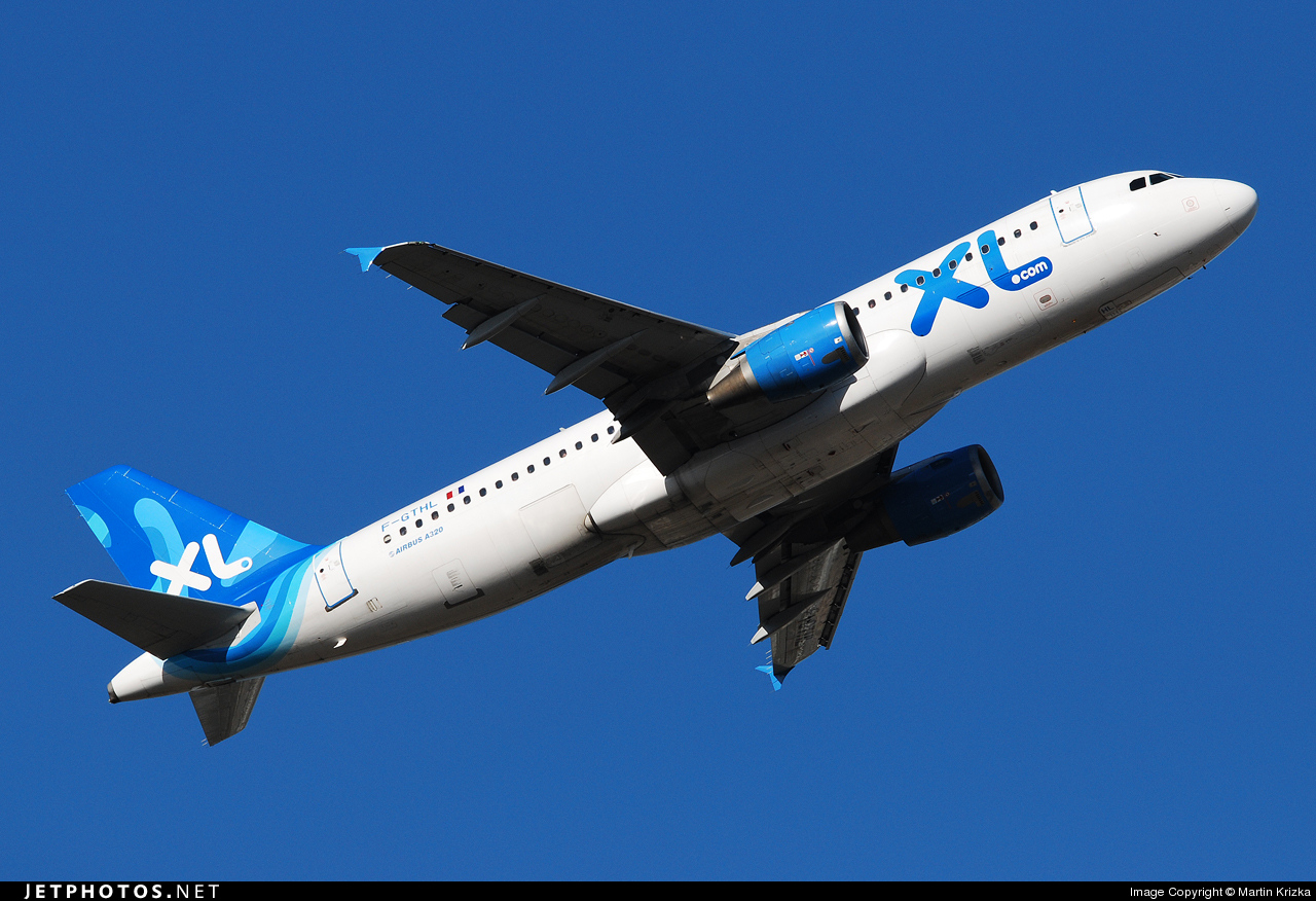 F-GTHL - Airbus A320-212 - XL Airways France