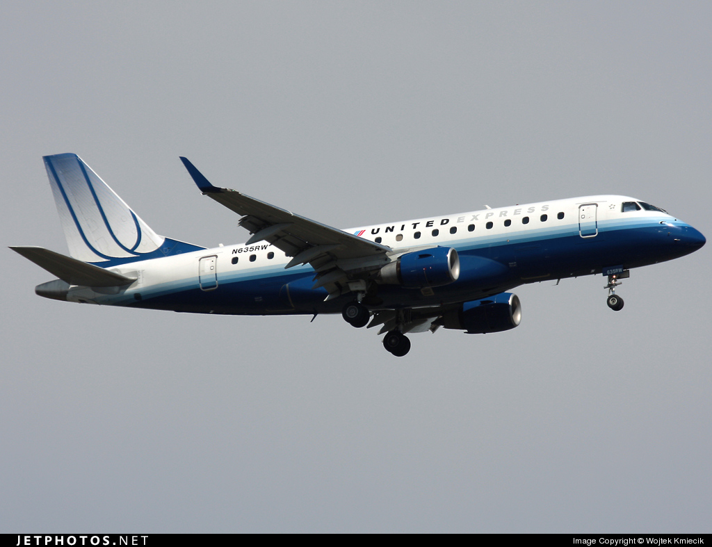 N635RW - Embraer 170-100SE - United Express (Shuttle America)